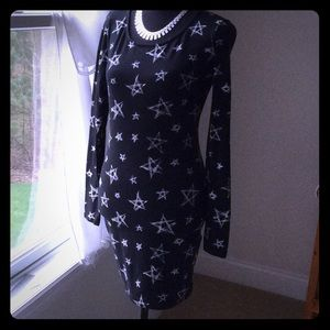 Forever 21 Dresses - Bodycon Star Dress by Forever 21 Size Large